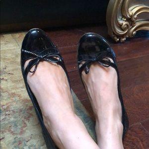 Kate Spade black patent leather cute wingtip heels